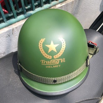 Mũ bảo hiểm lính