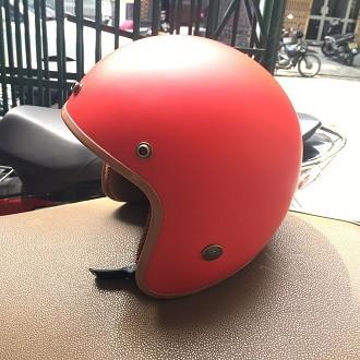 Mũ bảo hiểm BullDog 3/4 màu đỏ